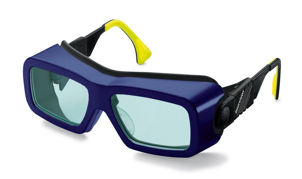 e37466a8ed68 Spectacle with Rx-insert for plane filters. This laser safety goggle ...